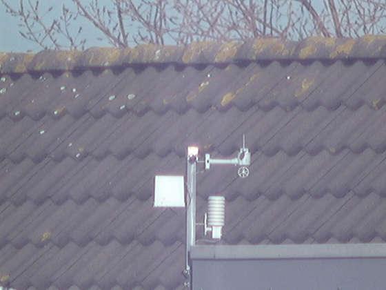 Следующие фотографии сделаны телескопом ( 100 мм и 210 мм соответственно).