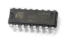 драйвер двигателей L293D