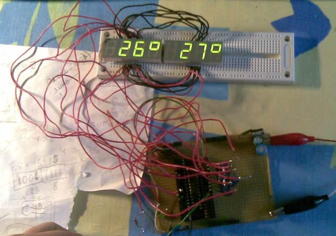Термометр на ATTINY2313 на 2